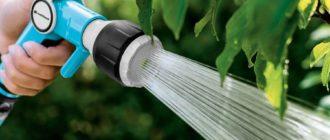 Способы полива растений сада